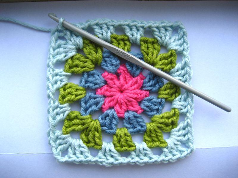мотив бабушкин квадрат вязание крючком