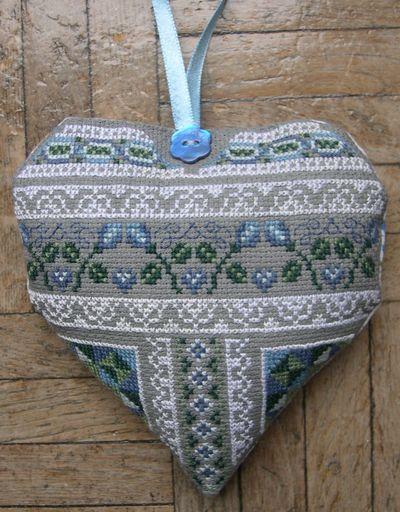 схема для вышивки сердце