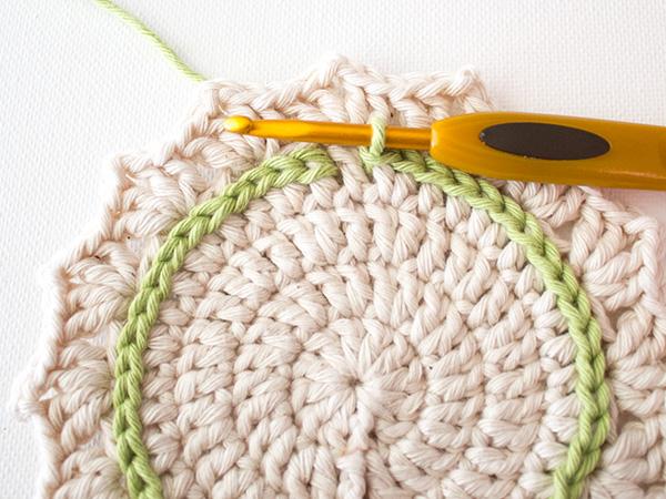 вязание поверх полотна мастер класс
