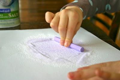 как окрасить соль