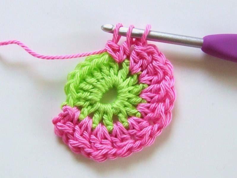 мотив бабушкин квадрат вязание крючком пошагово