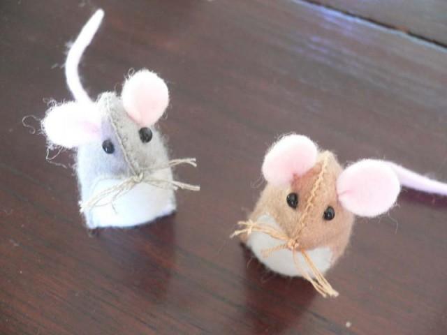Как сделать из фетра мышку