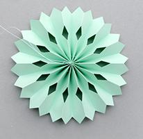 медальоны из бумаги для декора