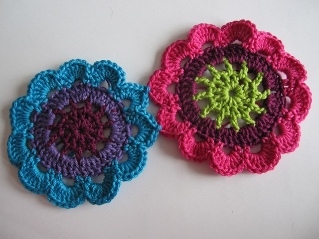 цветочные мотивы крючком присоединение в процессе вязания