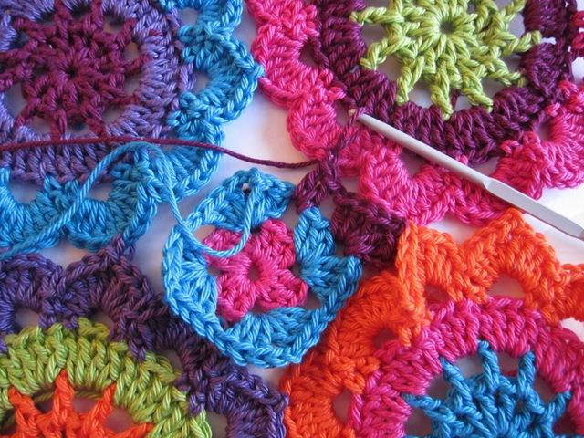 вязание крючком шарфа из мотивов мастер класс