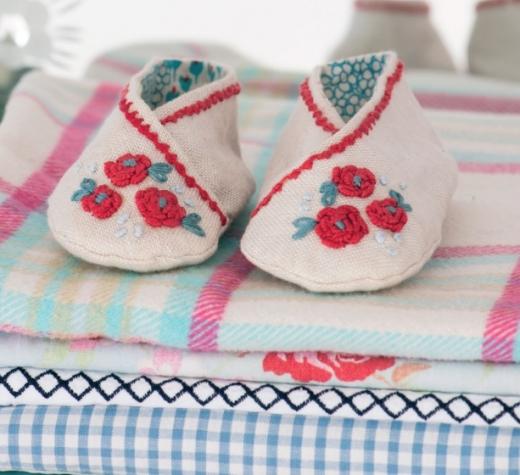 пинетки с вышивкой розы