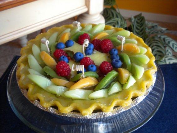 свеча из геля в виде торта