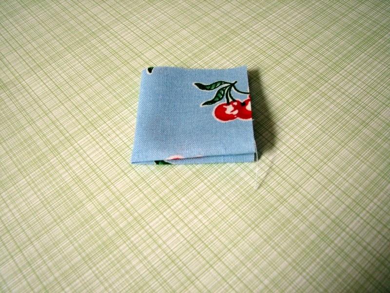 изготовление цветов +из ткани