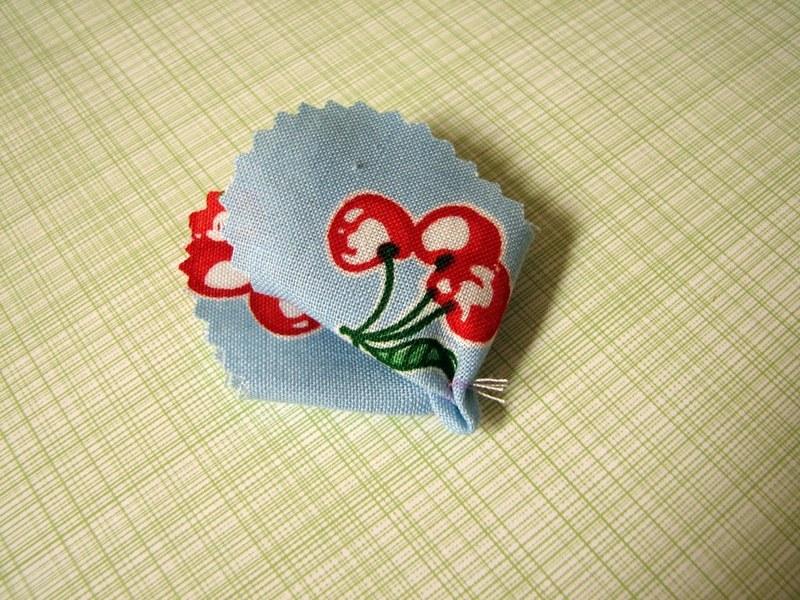 делаем цветок +из ткани