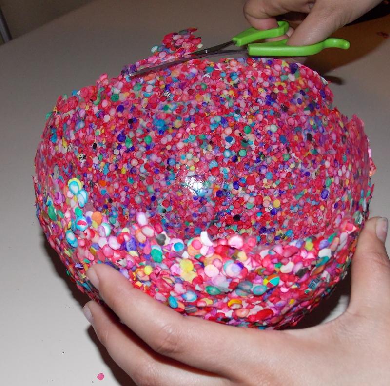 Как сделать конфетти своими руками фото
