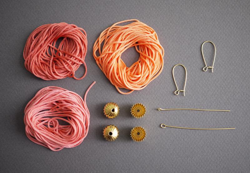 сережки из шнура своими руками