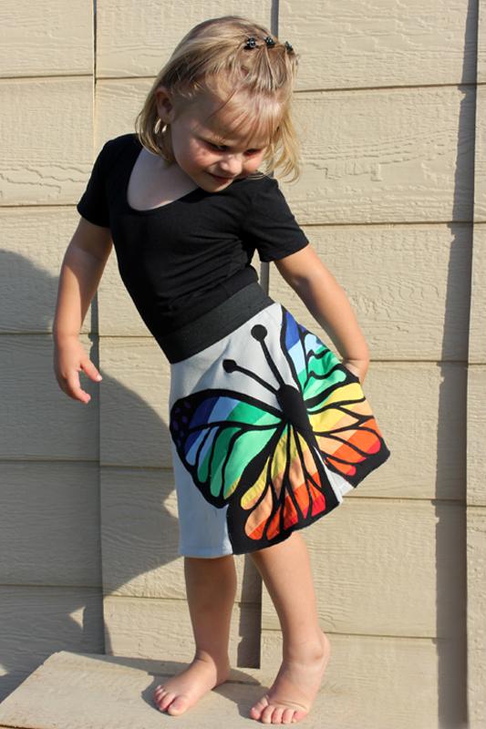 как сшить юбку с аппликацией