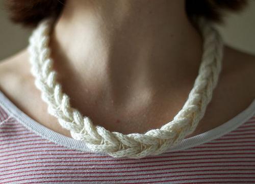 ожерелье косичка спицами