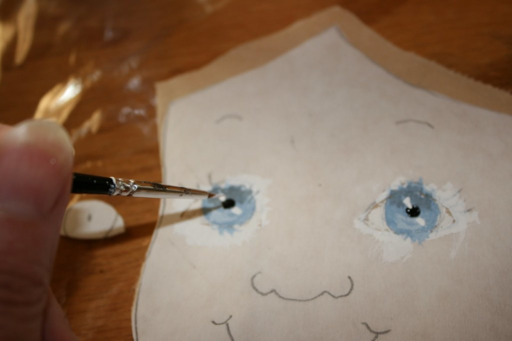 рисуем лицо текстильной кукле