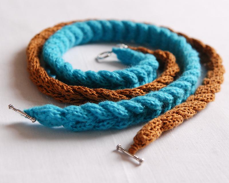 браслет из вязанных косичек мастер класс