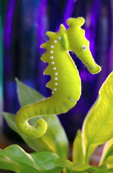 игрушка из фетра морской конек