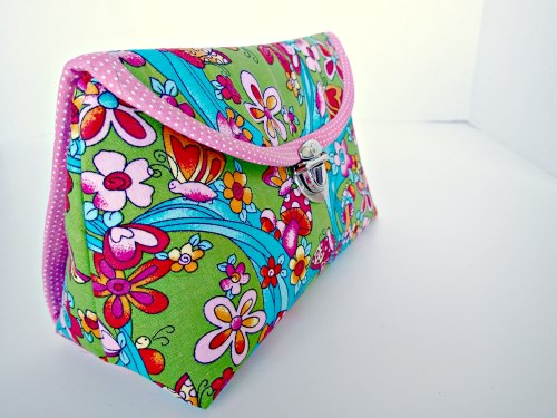 how to make a makeup bag from a placemat