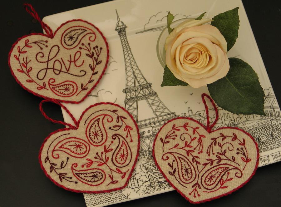Схемы для вышивки: сердечки