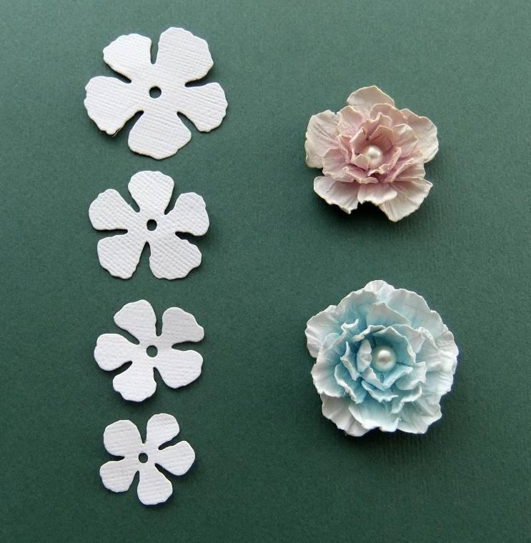Как сделать объёмный цветок из бумаги