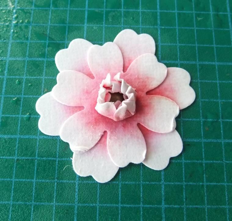 мк цветов из бумаги