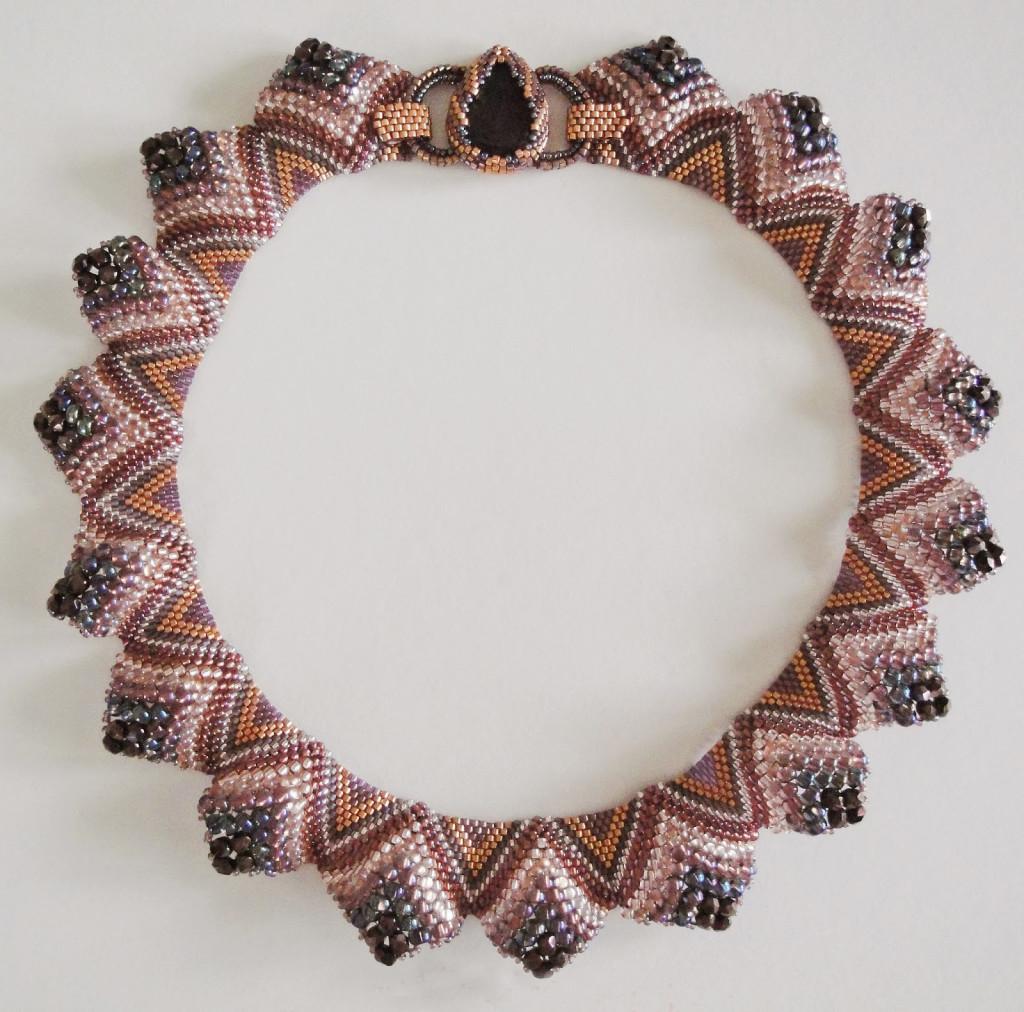 мозаичное плетение бисером колье