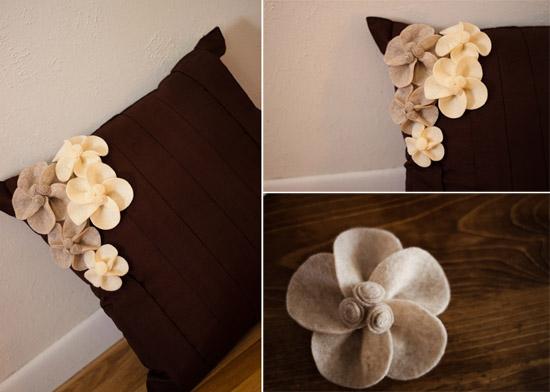 подушка с цветком из фетра
