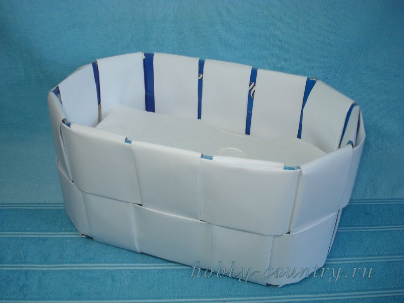 букеты из конфет в корзинке фото