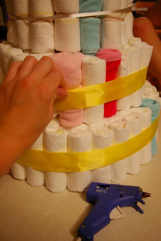 торт из подгузников пошаговое фото