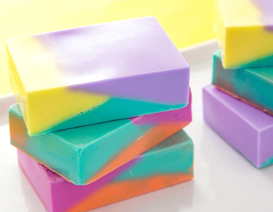 как сделать разноцветное мыло