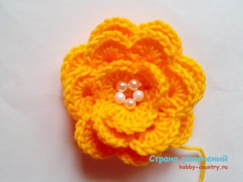 вязание цветов для шапочки крючком