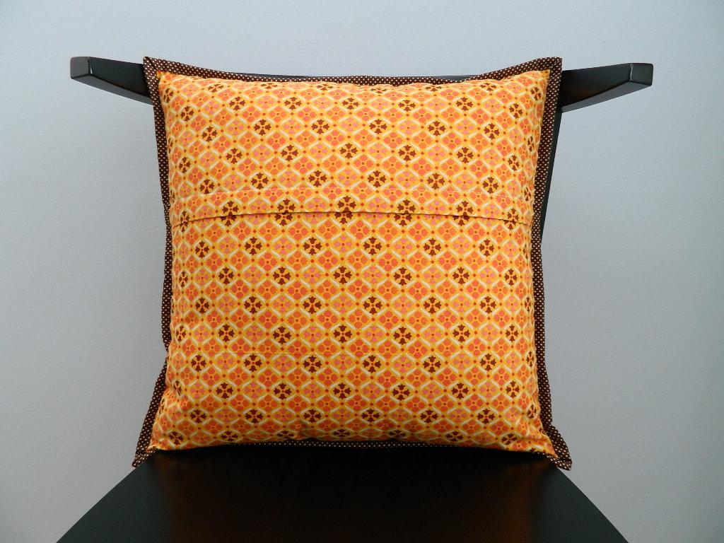 Декоративная подушка на молнии своими руками