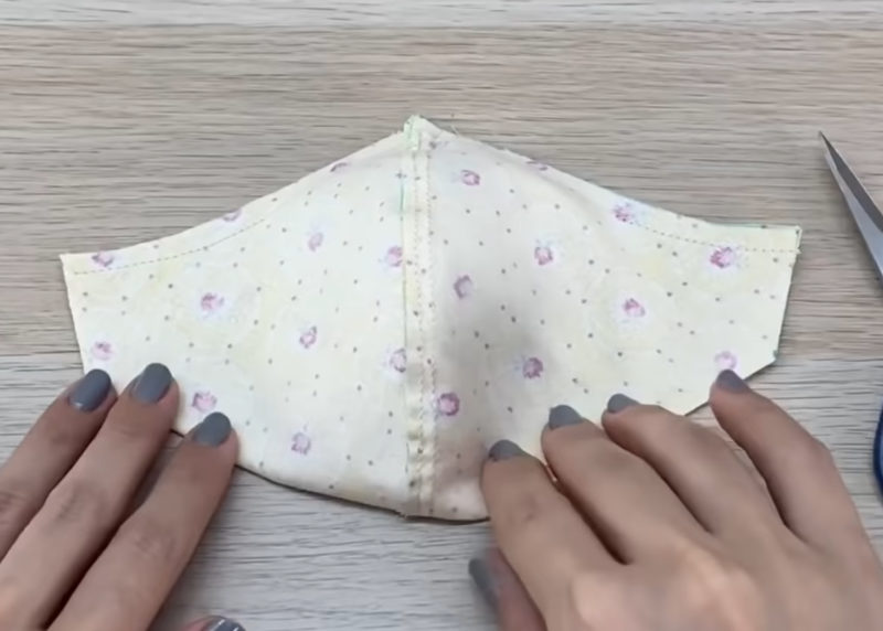 пошаговое сшить маску из ткани